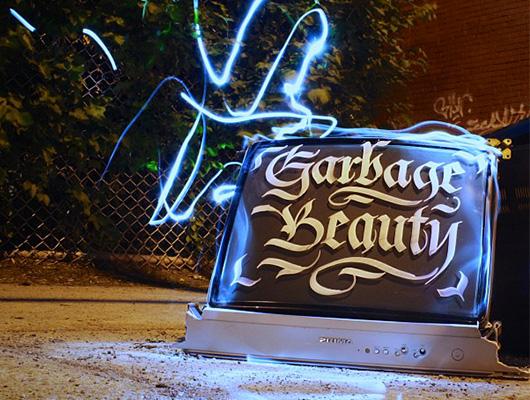Garbage beauty : De la calligraphie pour des poubelles plus belles